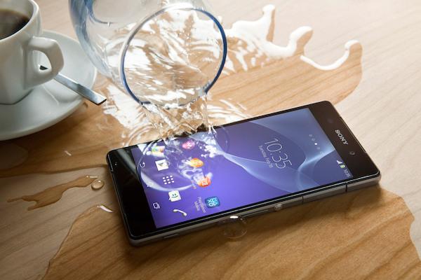 khac-phuc-tinh-trang-smartphone-gap-tai-nan-a1