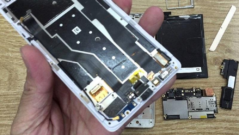 Biện pháp sửa điện thoại Oppo Đà Nẵng - Hình nền chuyển sang màu đen
