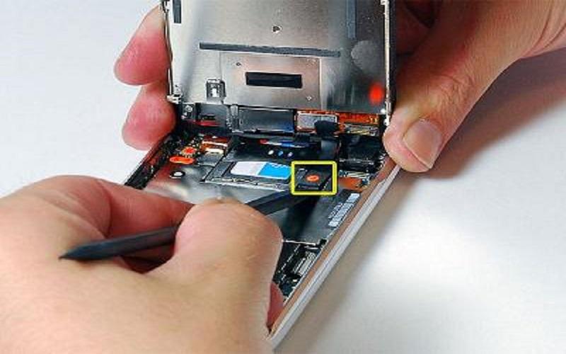 Bạn biết trung tâm nào sửa điện thoại Sky giá rẻ Đà Nẵng chưa?