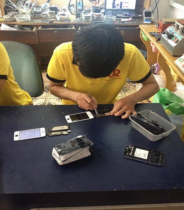 Đào tạo học nghề sửa chữa điện thoại tại Đà Nẵng